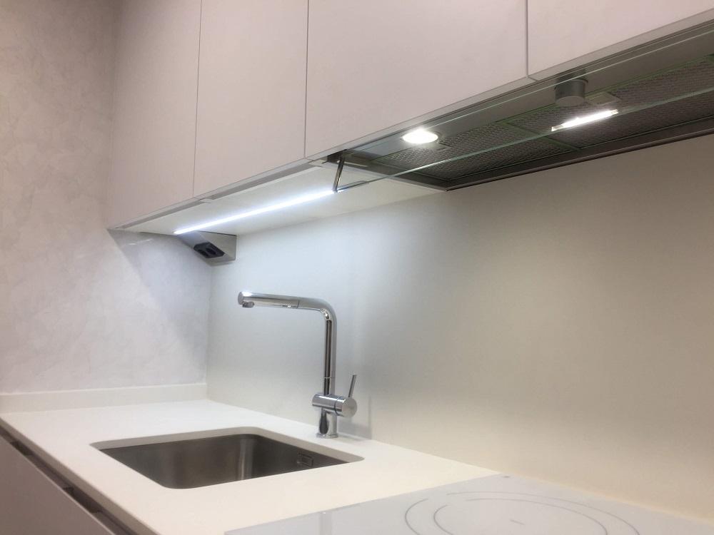 Cocina blanca cocinas vitoria muebles de cocina vitoria gasteiz tierra home design - Cocinas con estuco ...