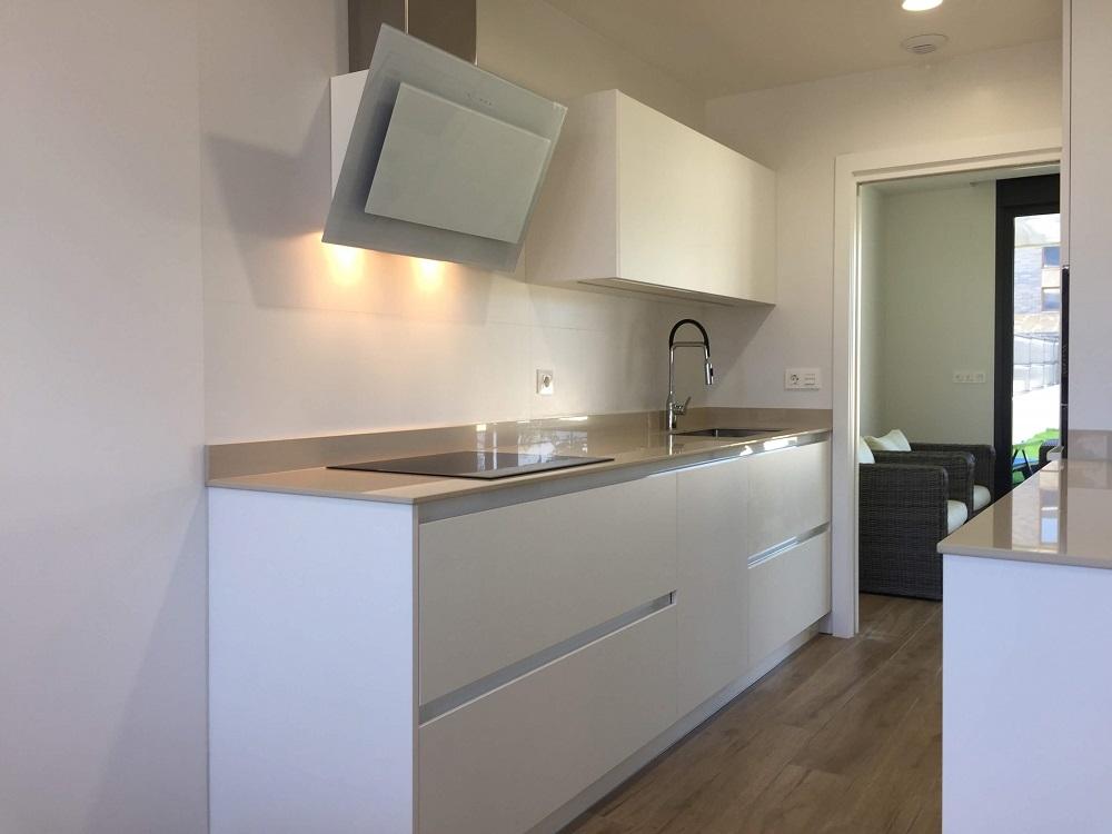 Muebles de cocina hasta el techo si o no cocinas - Cocinas en vitoria ...