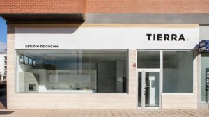 Estudio de cocinas en Vitoria - Fachada Tierra Home Design