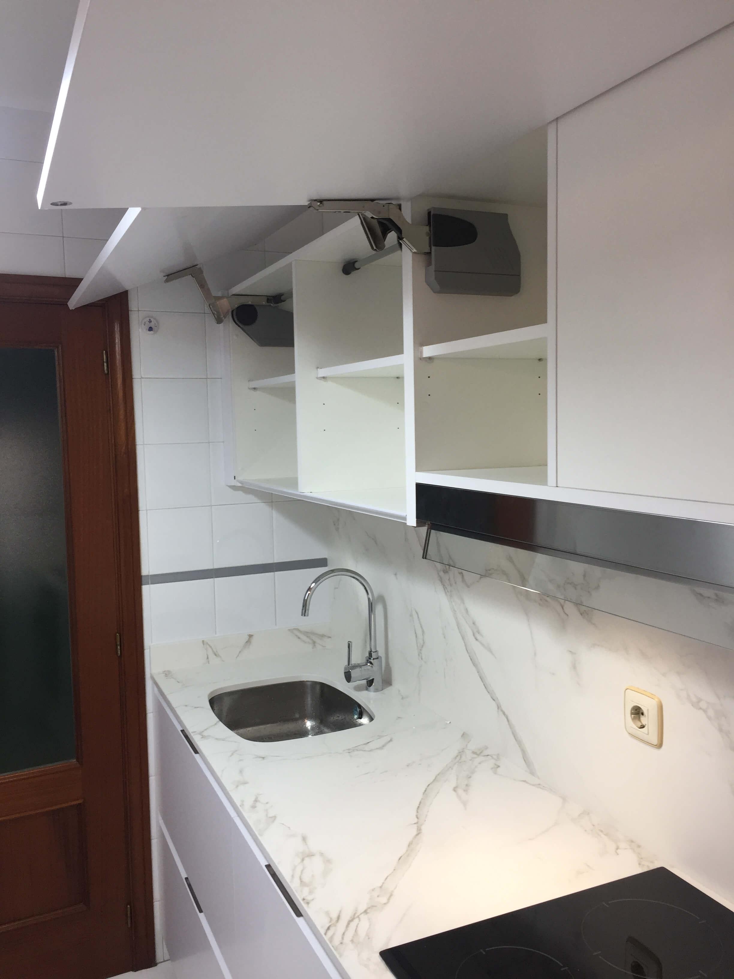 cocina blanca sin tiradores vitoria-gasteiz
