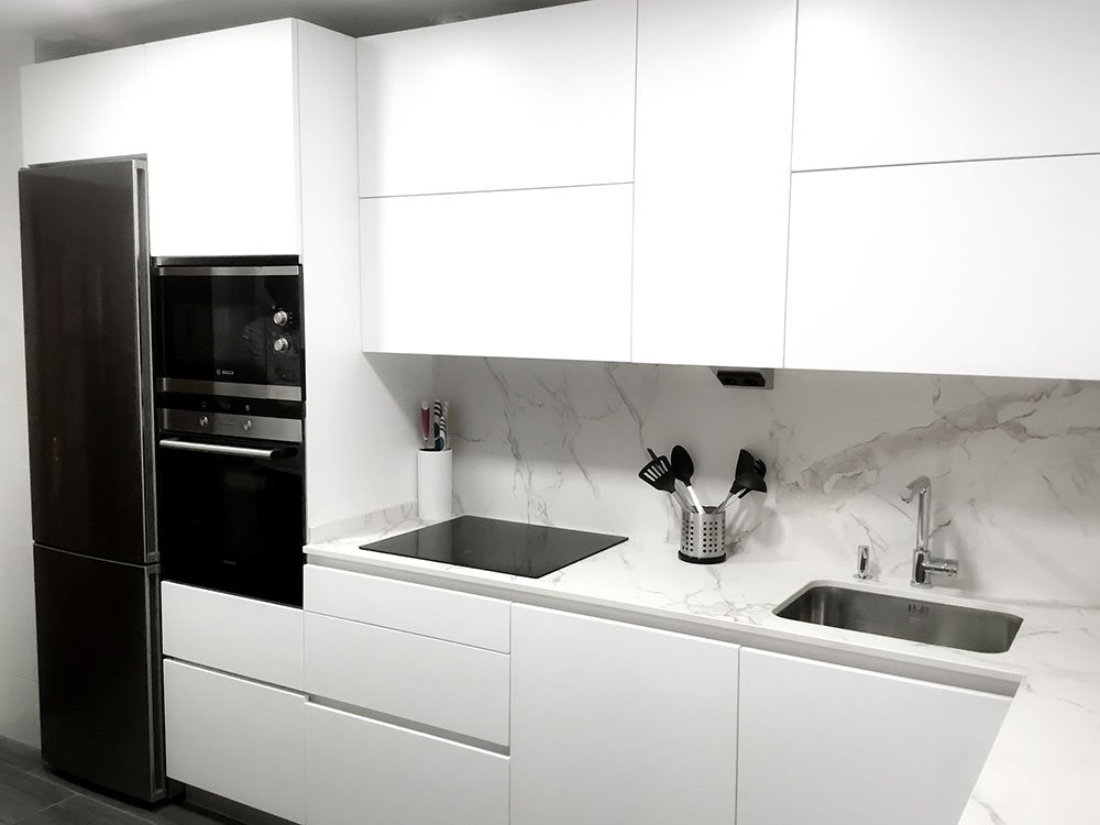 cocinas blanco y negro vitoria